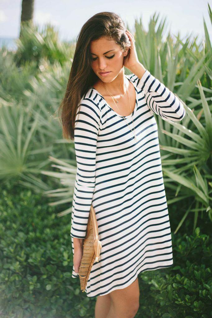 4048635378 White and Black Summer Dress
