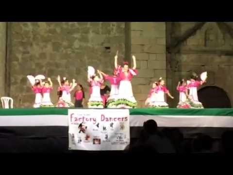 Angelines Gómez - Factory Dancers Actuación Miajadas 4-8-2014 Sevillanas...