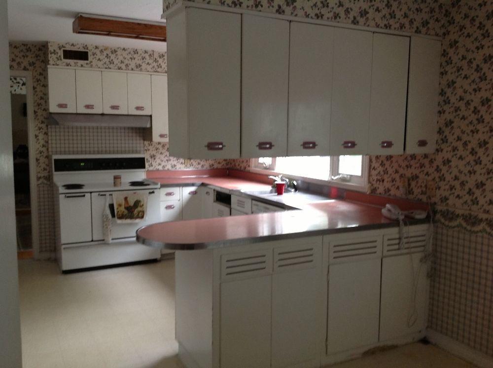 vintage retro metal kitchen cabinets geneva mid century 1952. Interior Design Ideas. Home Design Ideas