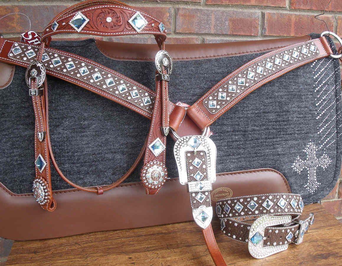 bling breast collars western rhinestone belts bling on a budget horse show barrel racing. Black Bedroom Furniture Sets. Home Design Ideas