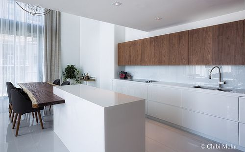 Modern Kitchen Cabinets Miami Fl Whether You Want Bright And White Or Sleek Stone And Rich Wood We Can Bring Your Vision Modern Kitchen Design Simple Kitchen Design Kitchen Cabinet Remodel