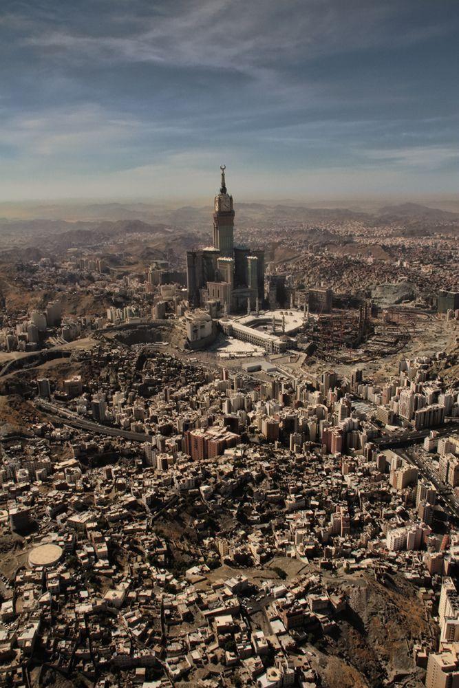 I Ve Never Seen An Aerial View Like This One Beautiful Makkah Saudi Arabia Makkah Beautiful Mosques Mecca