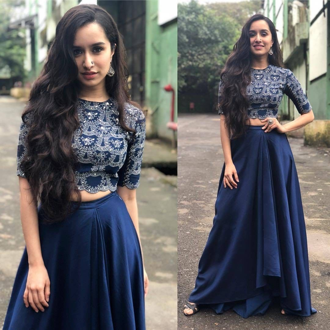 2e03fd460e85a6 Rate the Look 👉 1... 🔟 Shraddha Kapoor for Stree promotions ...