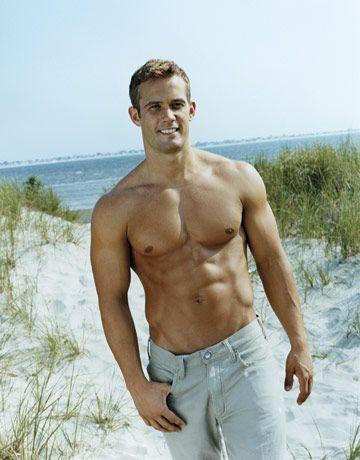 Irresistibly Shirtless Bachelors (mit Bildern