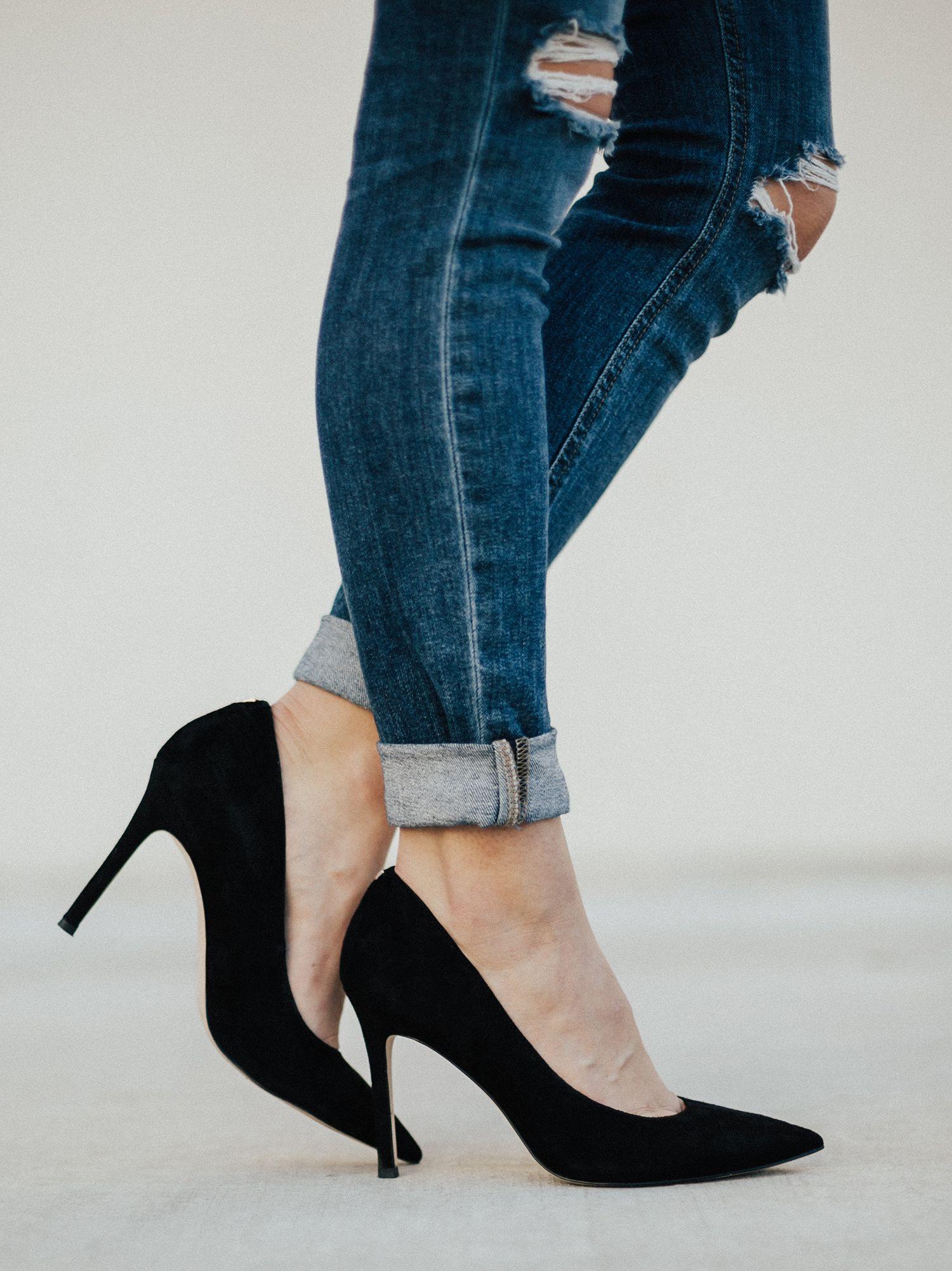 Black pumps outfit, Black suede pumps