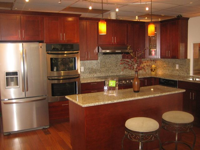 perfect modern shaker cherry or yellow kitchen - Google Search -Hy ...