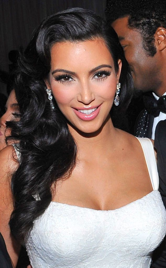 Kim S Elegant Wedding Locks From Kardashians Best Hair Moments Kim Kardashian Hair Kim Kardashian Wedding Kardashian Wedding