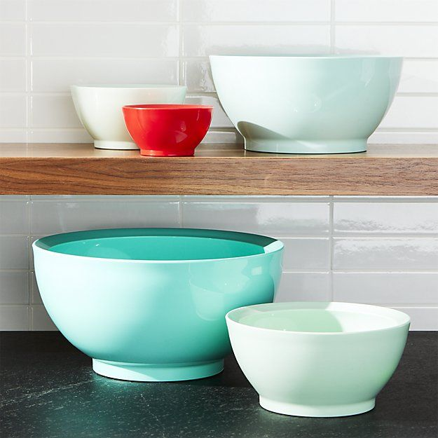 In Love With These 5 Piece Calibowl Aqua Sky Nonslip Nesting Mixing Bowl Set From Crate Barrel With Images Mixing Bowls Set Bright Bowls Bowl Set