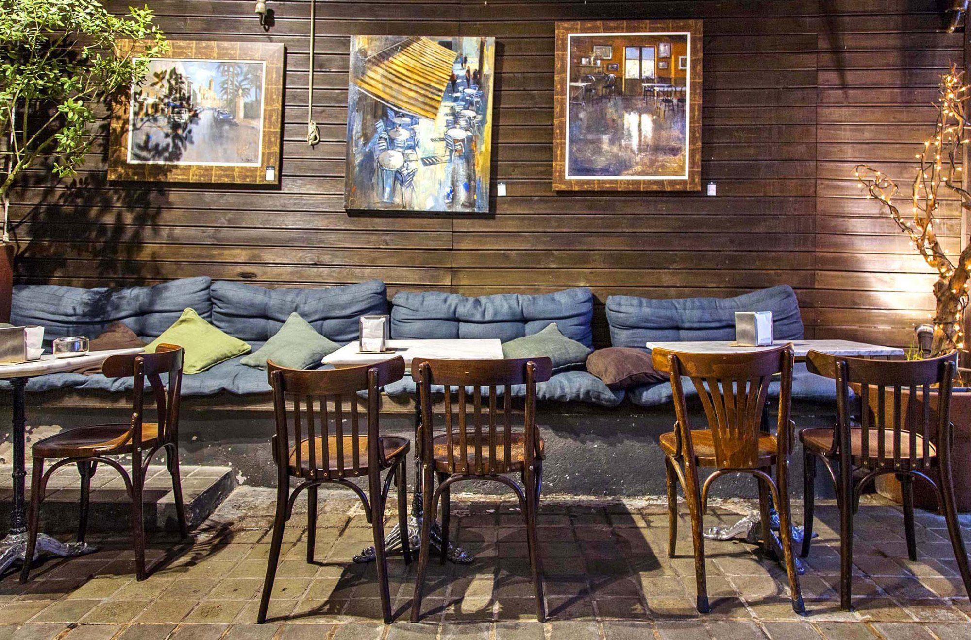 Marita Ron – Heritage Cafe, A Coruña | Cafe decoracion, Restaurante ...