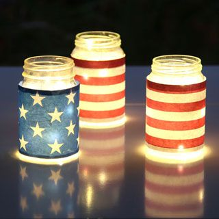 Magical & easy DIY July 4th mason jar lights decorations (for Labor Day too): gorgeous as July 4th party decor, centerpieces, table or mantle decorations! #4thofjuly #masonjars #masonjarcrafts #upcycle #patriotic #decor #centerpieces #party #partydecor #apieceofrainbow #diy #homedecor #diyhomedecor #papercraft #printable #backyard #summer #crafts #crafting #craftsforkids