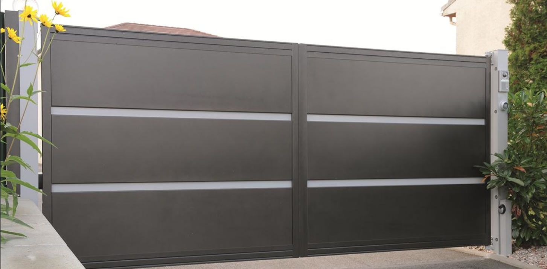 Beau portail contemporain design alu coulissant Gard #nimes ...