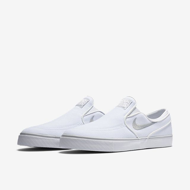 Nike SB Zoom Stefan Janoski Slip-On Canvas Unisex Skateboarding Shoe (Men's  Sizing)