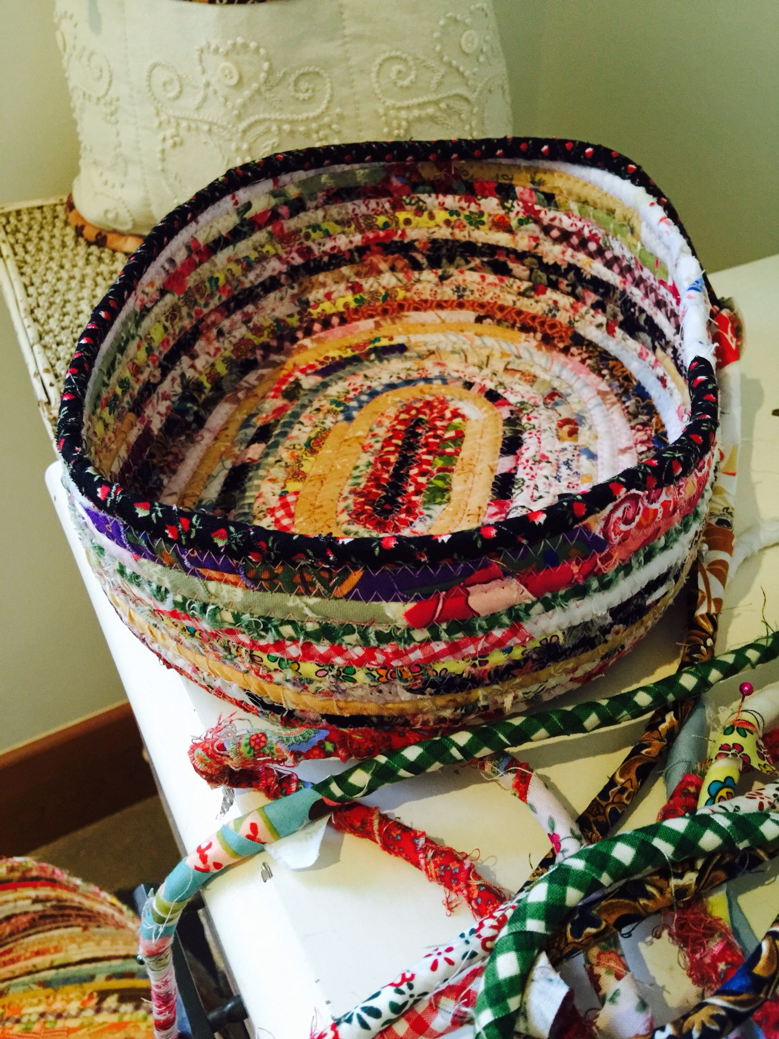 3f10f62989d49e When I cut my quilting fabric, I save all my fabric strings. Then use them  to create my