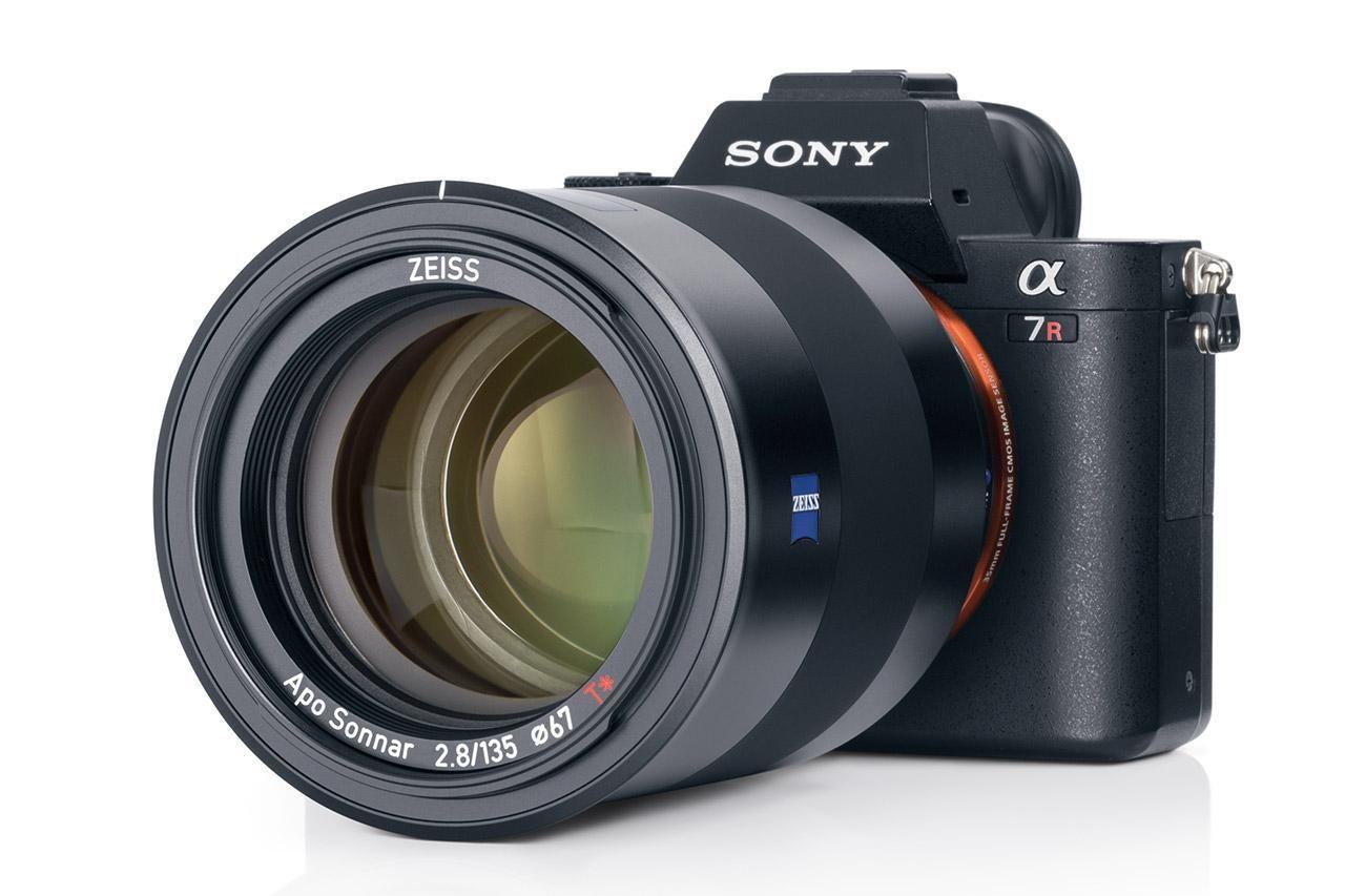 ZEISS ra mắt ống kính Batis 135mm f/2.8 cho Sony E mount, giá 41,9 triệu đồng - http://vuanhiepanh.vn/2017/04/zeiss-ra-mat-ong-kinh-batis-135mm-f2-8-cho-sony-e-mount-gia-419-trieu-dong/