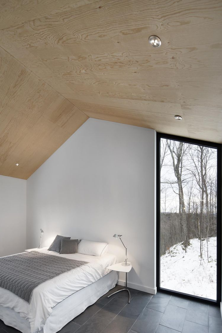 Bolton Residence Bedroom, Quebec