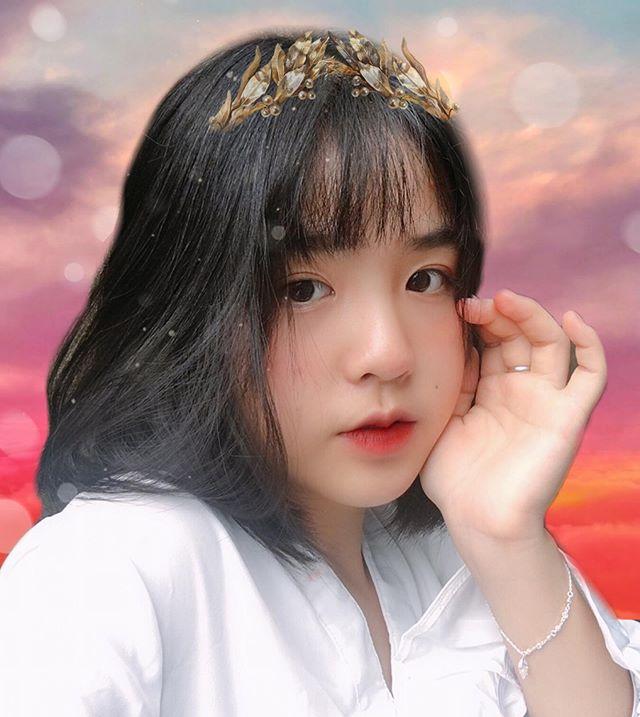 #1 Võ Thị Thu Trang hot girl ngực khủng Việt Nam