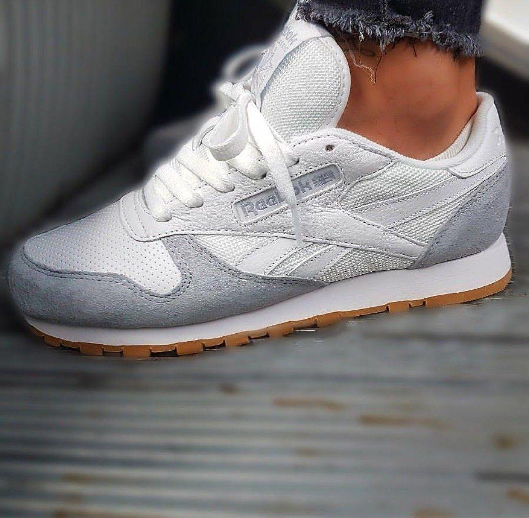 Reebok Classic In White Grey Weiss Grau Foto Prins S79 Instagram Reebok Classic Grey Reebok Classic Sneakers