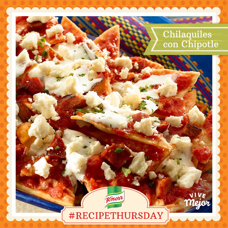 ¡Celebra el Día de la Revolución Mexicana con unos ricos Chilaquiles con Chipotle! Prueba esta receta súper sencilla y ponle tu toque. #RecipeThursday