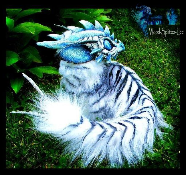 -SOLD-Posable Siberian Tiger Dragon by Wood-Splitter-Lee