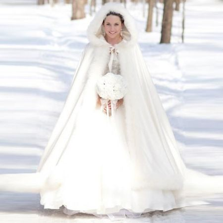 Winter Cape White Faux Fur Wedding Coat | Winter wedding coat ...