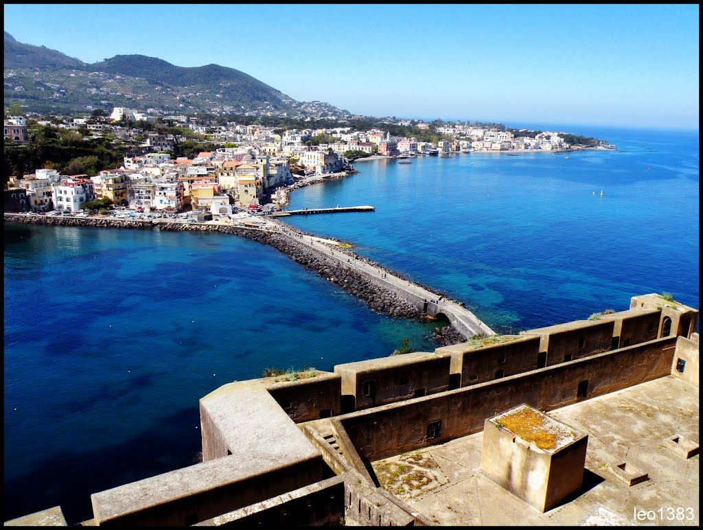 The island of Ischia, province of Naples #Italy ♥ Discover this destination: www.gadders.eu/destination/place/Ischia