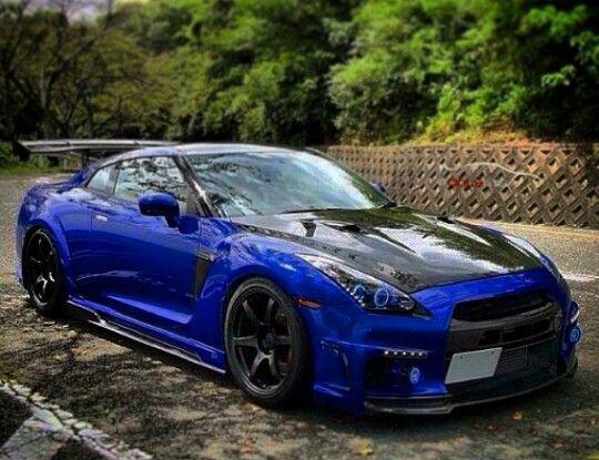 mmmmhmmm a Nissan ;)   fast cars!!!   Pinterest   Nissan, Nissan r35 ...
