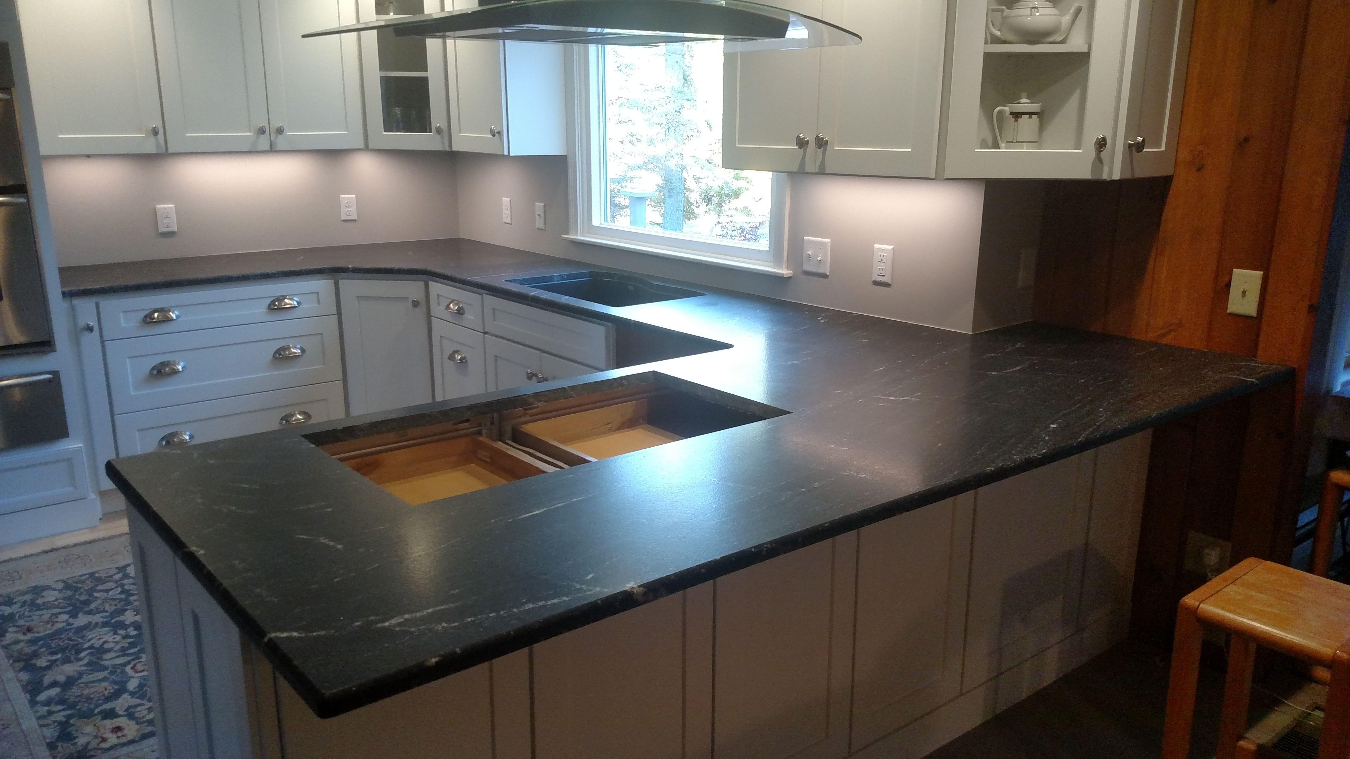 Via Lattea Granite With A Cooktop Cut Out And White Cabinets Vialattea Granitekitchen Kitchenremodel