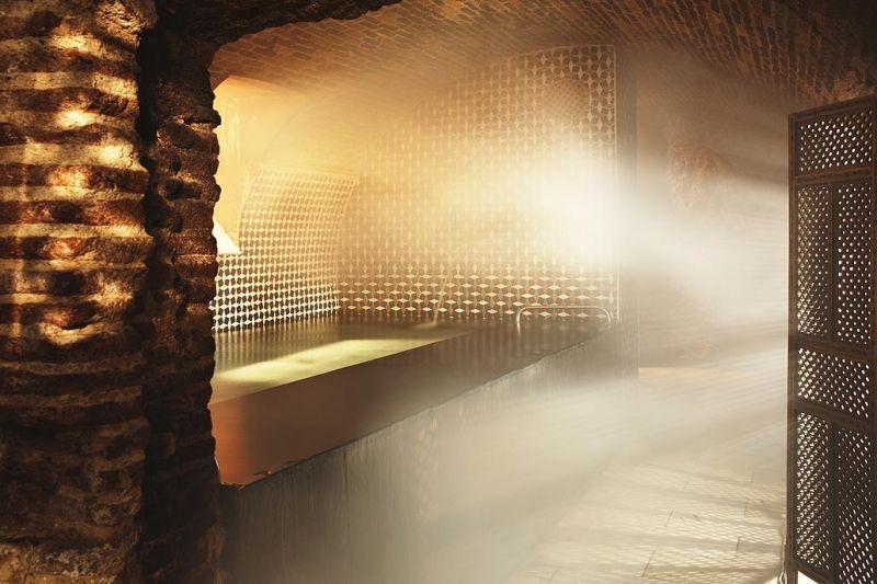 Banos Arabes Bath House Andalucia Granada