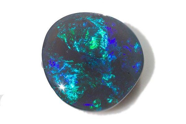 7.8ct Black opal Lightning Ridge free form cab