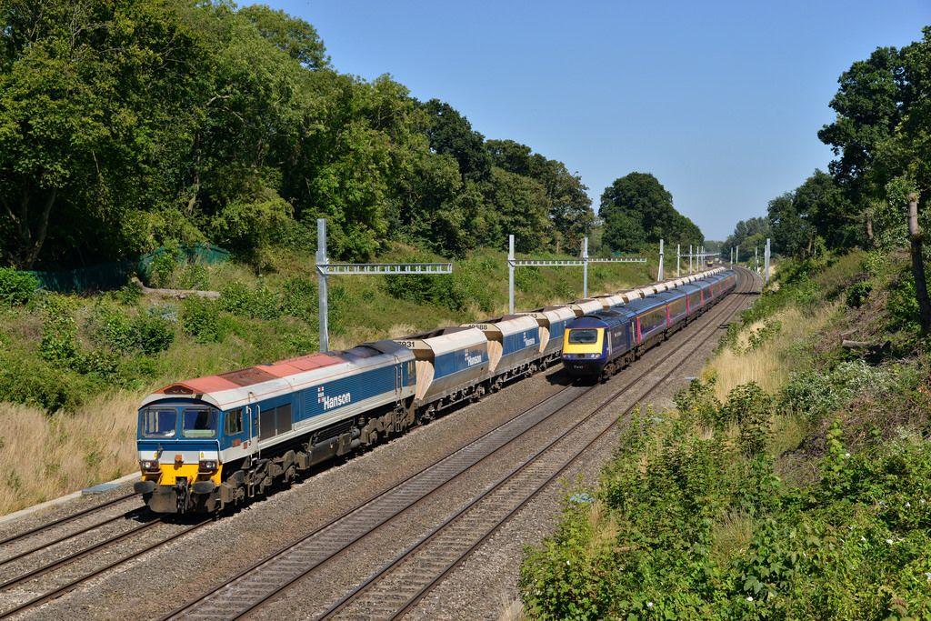 59101 6V18 Allington - Whatley passes Sonning