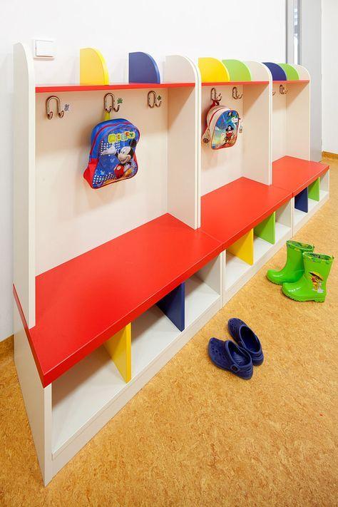Cloakrooms Locker Rooms Dressing Rooms Kindergarden Furniture Fantasy Guardería En Casa Diseño De Guardería Sala De Juegos Para Niños