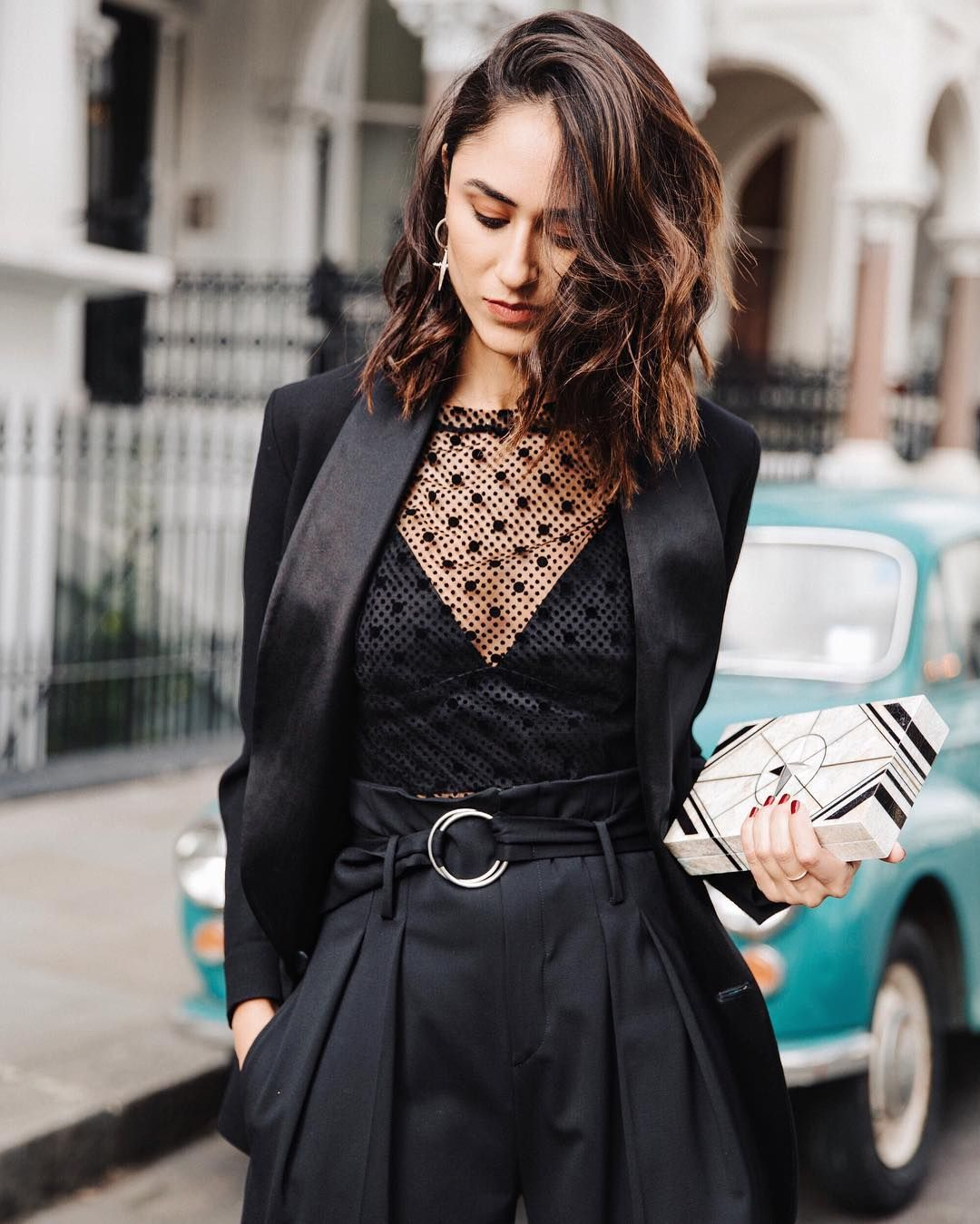 Trucs de tenue pour les femmes qui préfèrent porter du noir | Freundin.de   – Fashion woman