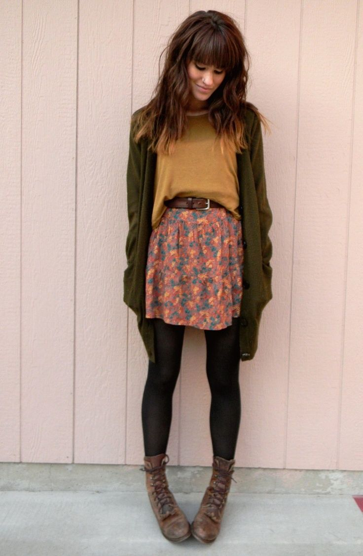 I love the colors and the outfit. I like the shirt sweater tights and cardigan with boots idea!!! When I like something I also like many different versions of it.