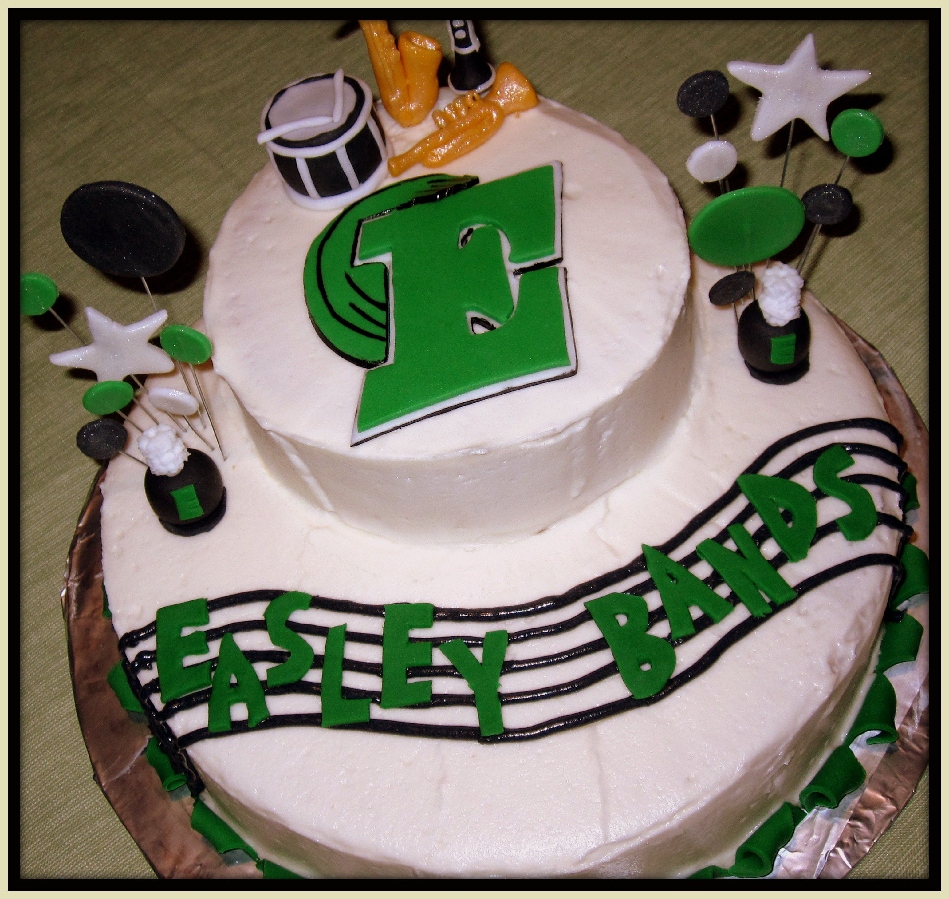 Marching Band Cake With Images Marching Band Cake Music Cakes