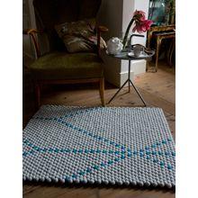 Scholten & Baijings, carpet made of pompons