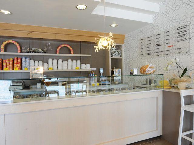 Ice Cream Parlour Decorating Ideas And Comfortable
