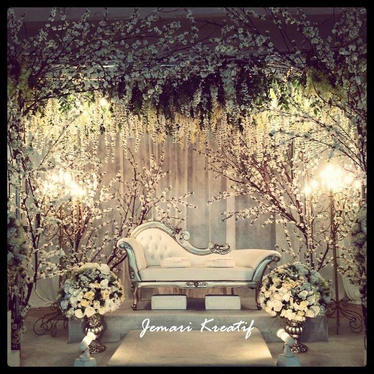 Modern Wedding Backdrop Ideas: Contemporary Wedding Stage - Google Search