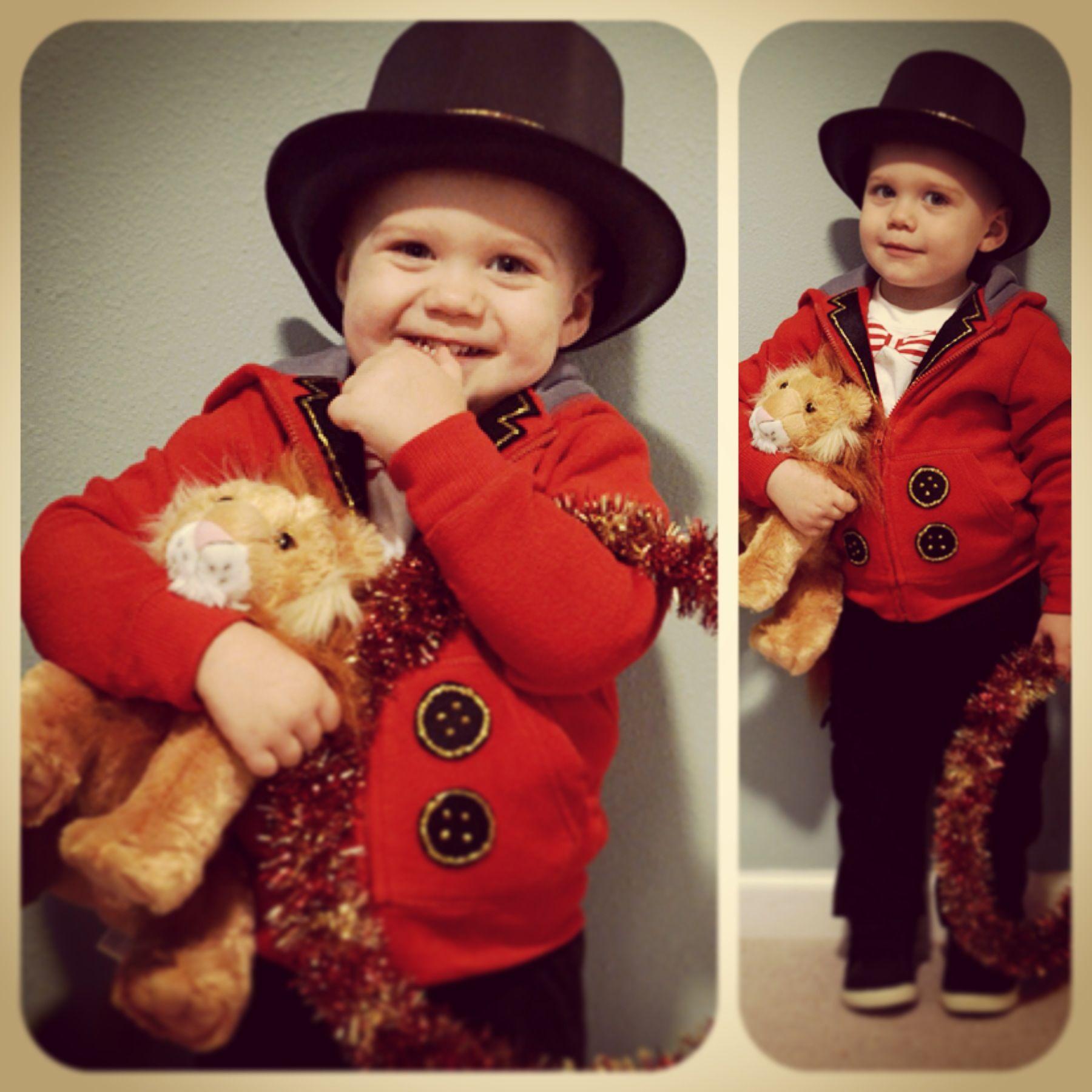 Toddler Lion Tamer Circus Costume Ringmaster. Red Hoodie