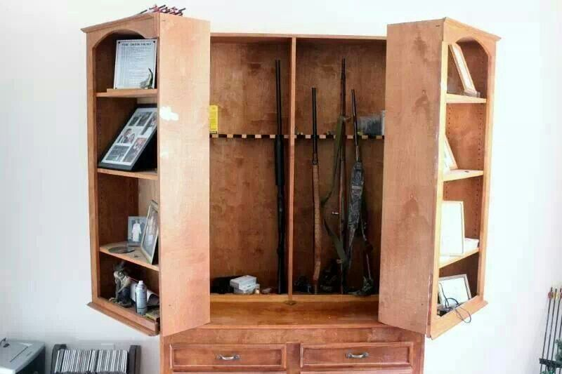 hidden gun cabinet hobbie pinte. Black Bedroom Furniture Sets. Home Design Ideas