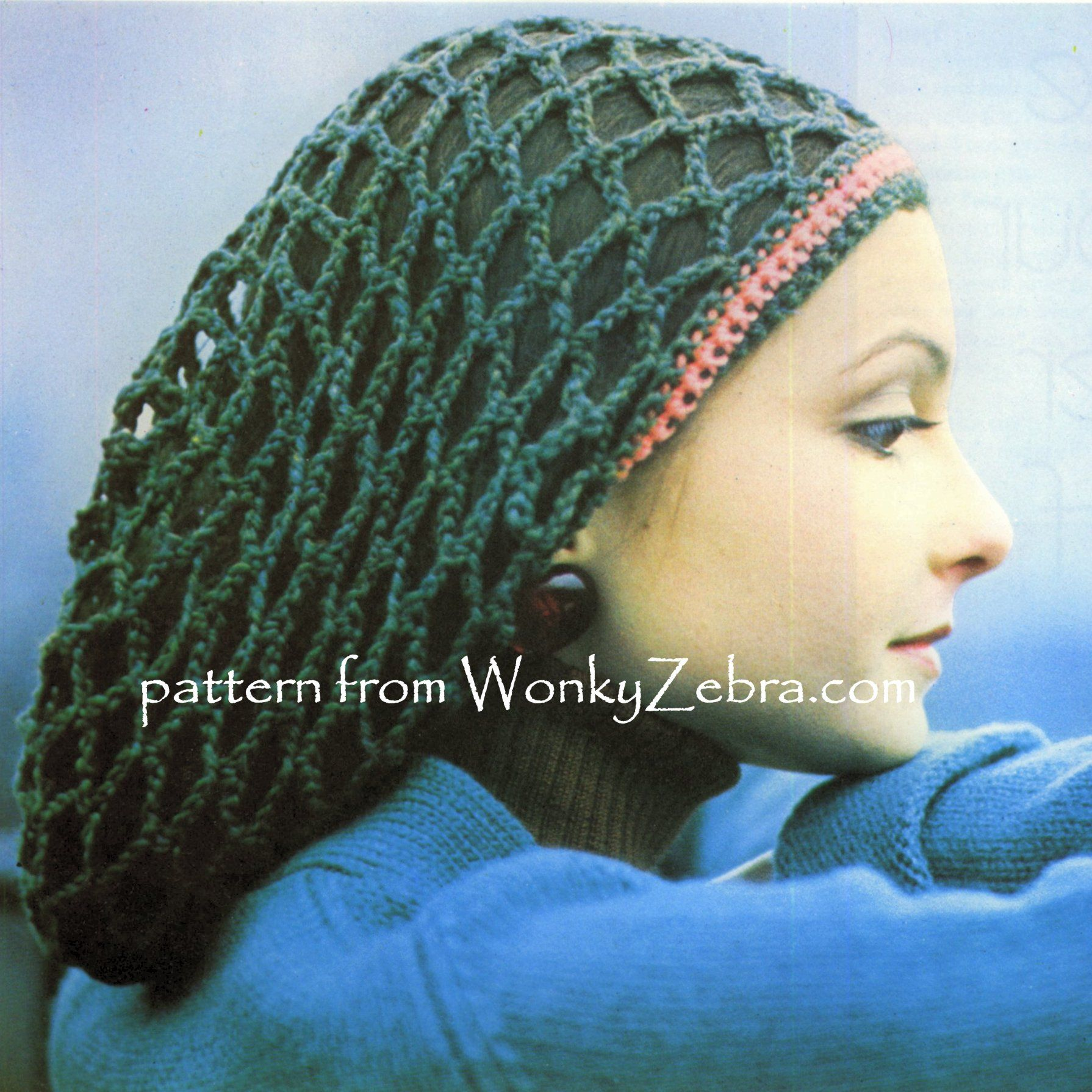 WZ700 A lovely snood in crochet with a headscarf in the same pattern ...