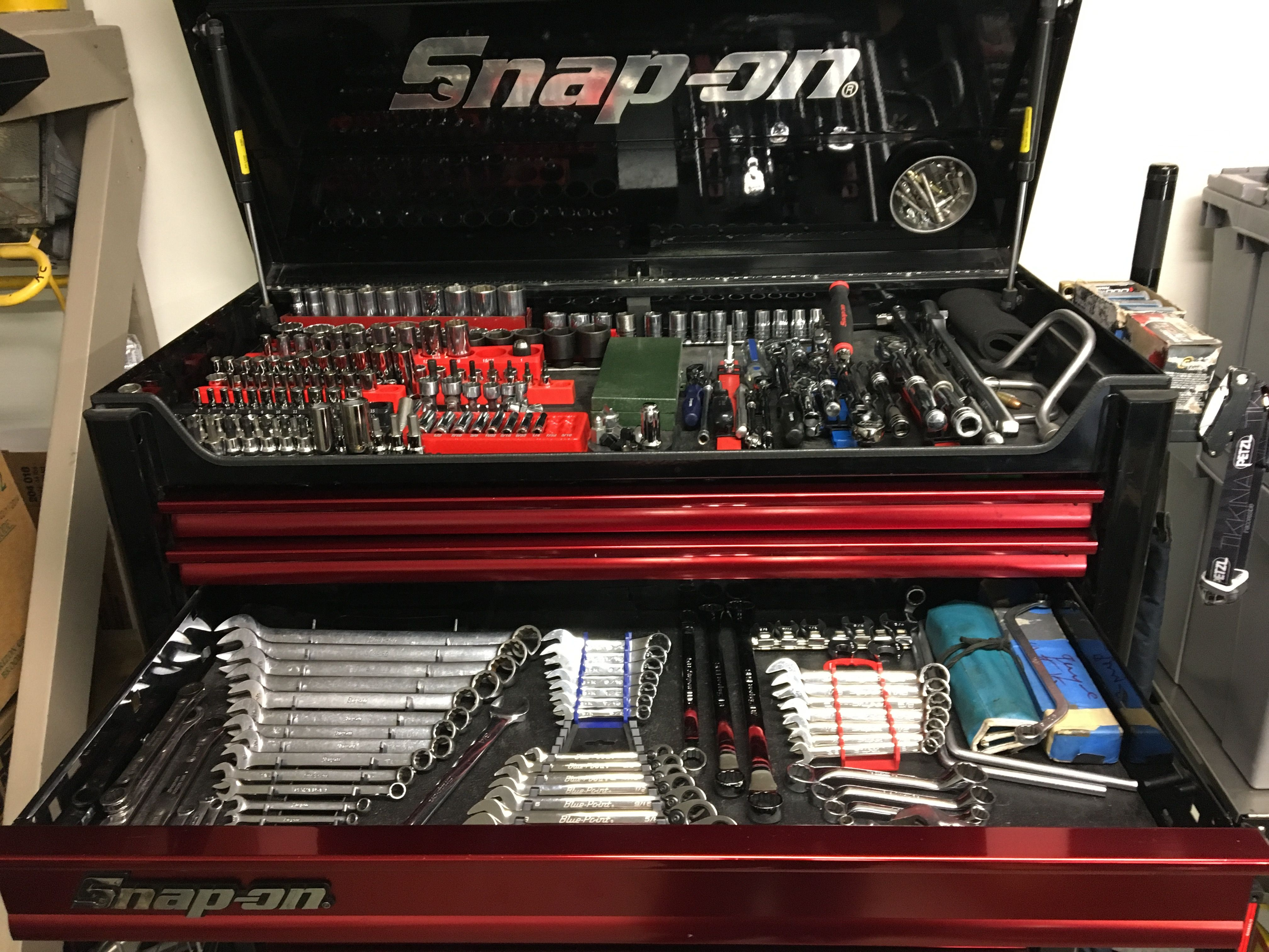 Snap on tools collection and box   Snap On Tool/ tools in