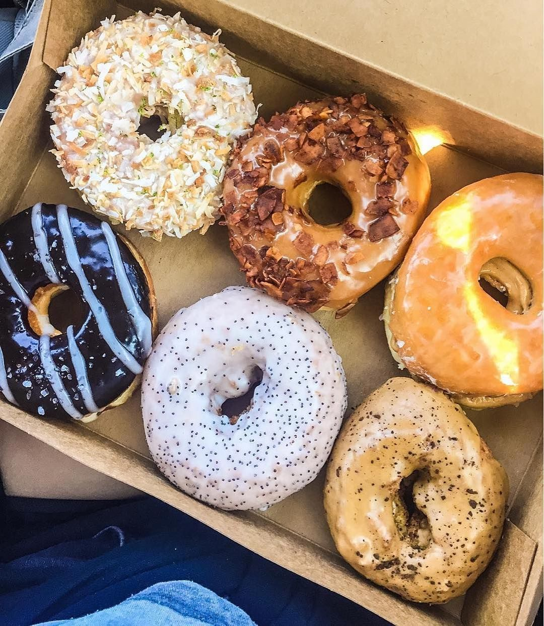 Vegan Donuts From Donut Friend Los Angeles Vegan Cake Foodie Fun Donut Friend