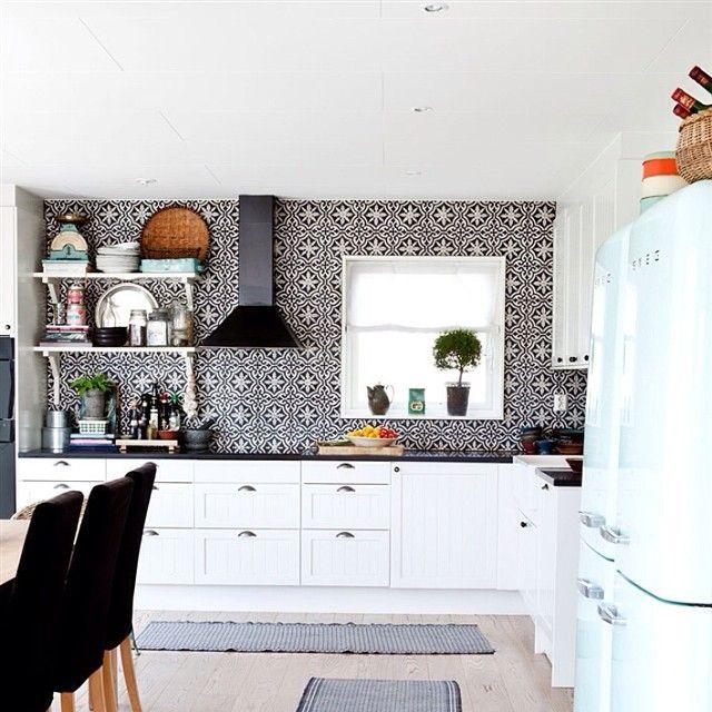 "Black White Kitchen Backsplash Ideas: ""Black And White Moroccan Tile"" Range Feature Kitchen With"