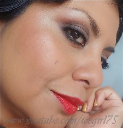 Inspiración Andalucía. Makeup Look with the Essential palette Louise Young Cosmetics.