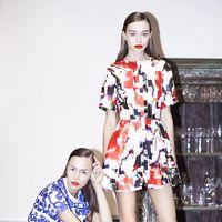 Амбассадоры новой коллекции - о платьях с национальными диджитал-принтами и новом формате модного показа.