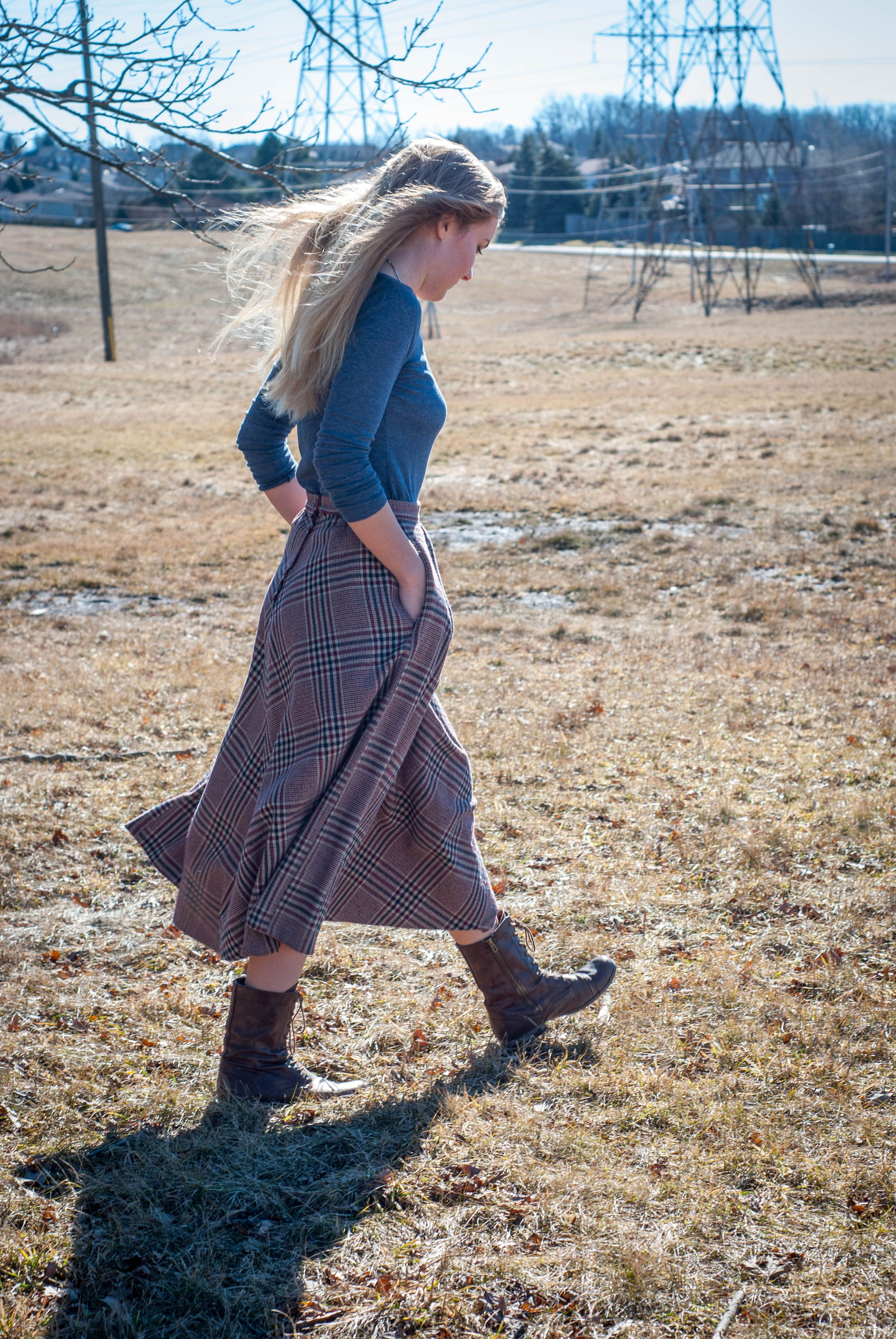 Winter plaid skirt with lace short boots