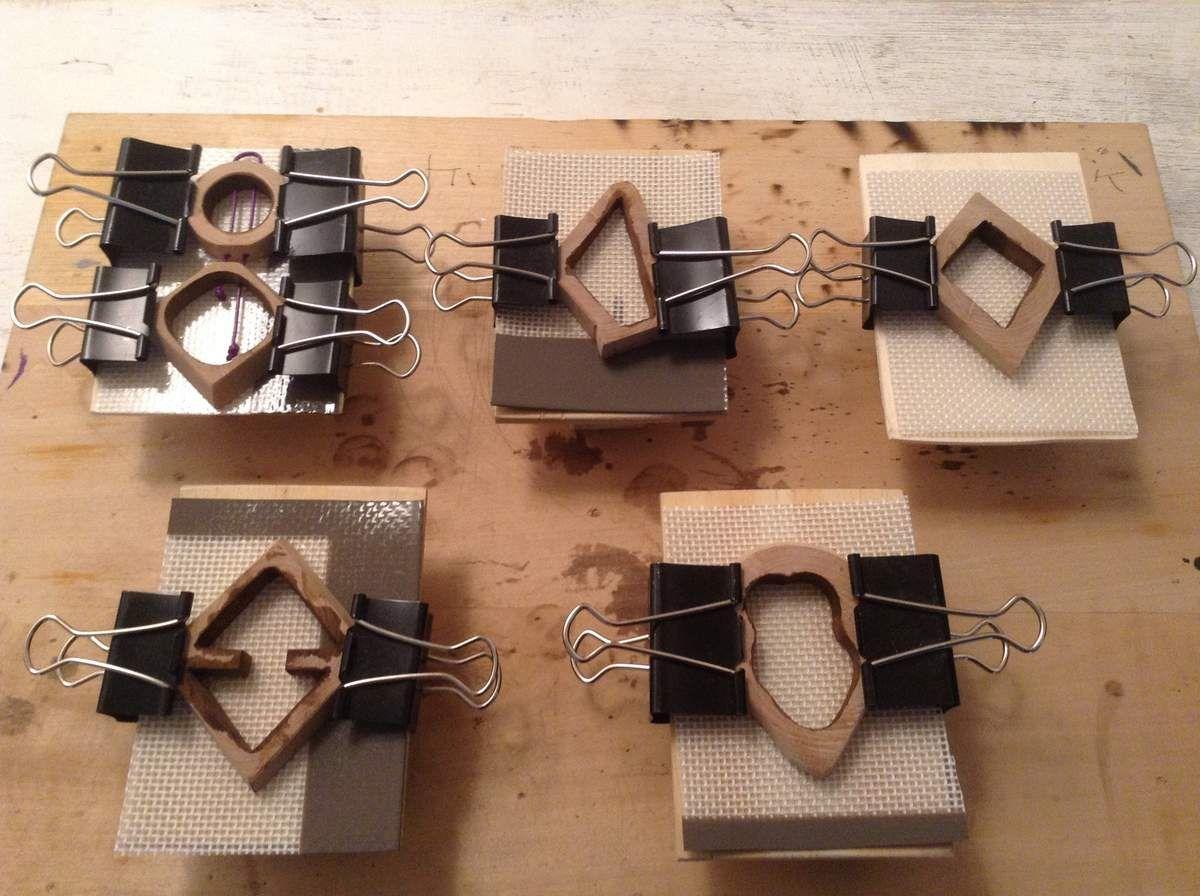 un super tutoriel sir la fabrication de bijoux en bois et. Black Bedroom Furniture Sets. Home Design Ideas