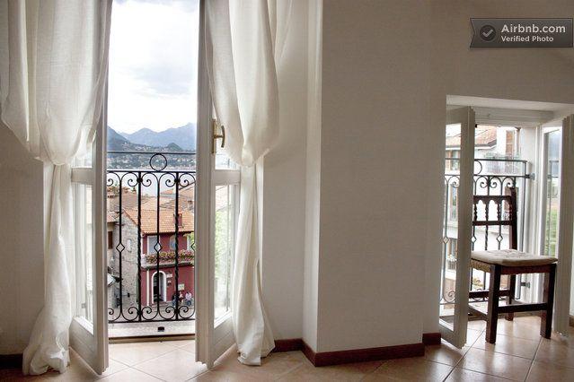 Lovely 2 Bedroom in Central Varenna · Piazza San Giorgio, Varenna, Lombardia 23829, Itália