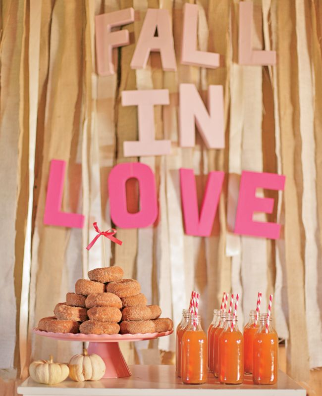 Local donut & apple cider bar, great for a fall wedding #brideside #wedding #fall #details