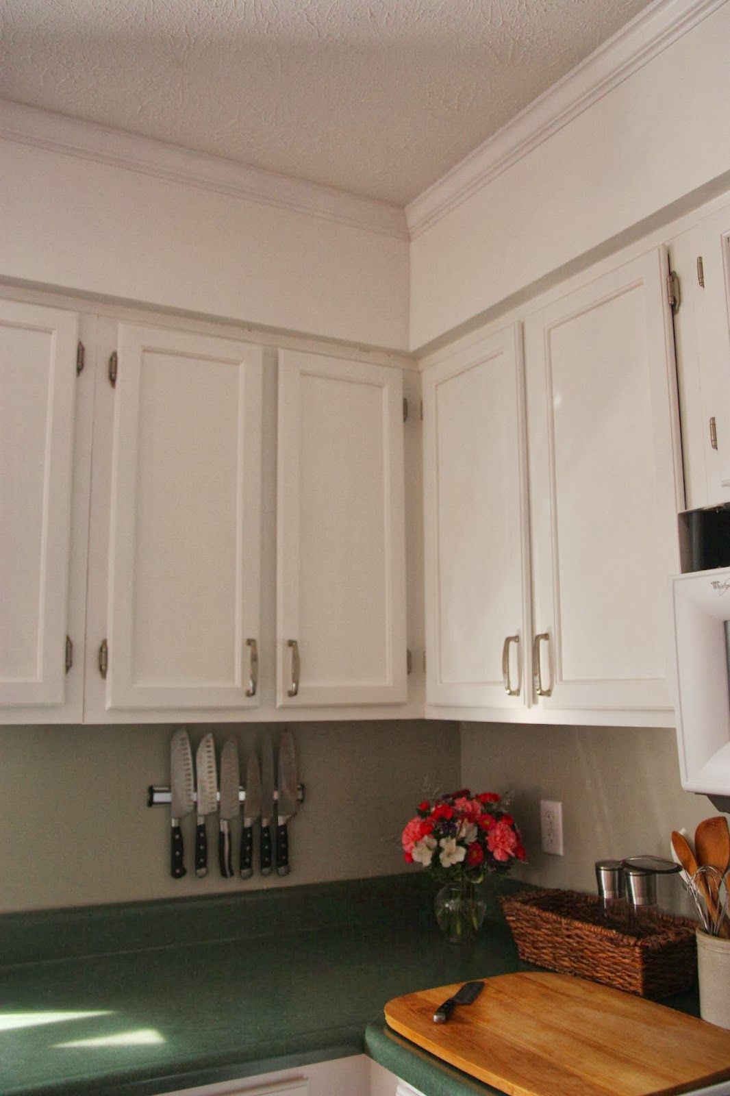 Kitchen Updates The Diy Nurse Kitchen Soffit Updated Kitchen Crown Molding Kitchen